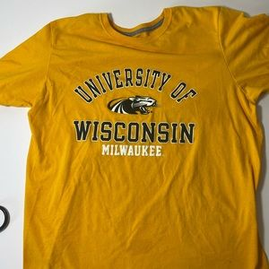 University Of Milwaukee Shirt Size Large